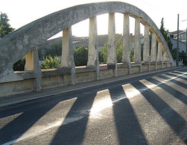 Ornaisons bridge.jpg