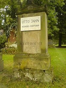 Otto Jahns Grab auf dem Albanikirchhof in Göttingen (Quelle: Wikimedia)