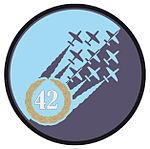 Oznaka rozpoznawcza 42 Bazy Lotnictwa Szkolnego.jpg