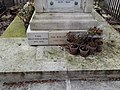 Père-Lachaise - Division 27 - Rollin 04.jpg