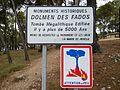 Pépieux Dolmen des Fades Panneau (2).jpg