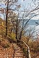 Pörtschach Glorietteweg W-Aufgang Treppe und Wörther See-Blick 05112017 1905.jpg