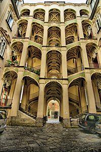 Napoli wikipedia for Palazzo in stile spagnolo