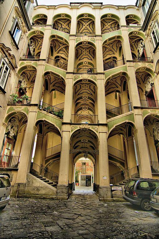 Palazzo dello Spagnolo à Naples - Photo de alterdimaggio1957