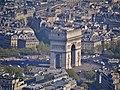 Paris Tour Eiffel Blick von der 3. Ebene auf den Arc de Triomphe de l'Étoile 4.jpg