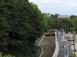 Penryn railway station - Image: Penryn trains passing 2