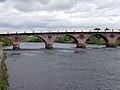 Perth Bridge over the River Tay - geograph.org.uk - 12120.jpg
