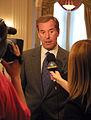 Peter Jennings being interviewed 2002.jpg