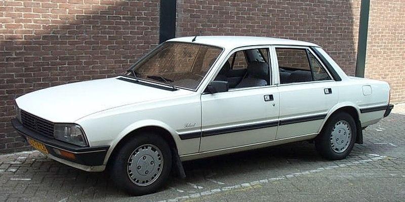 سيارات من الماضي 800px-Peugeot_505_SR_1984.jpg