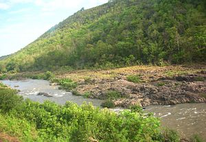 Yom River - The Yom River and the Phi Pan Nam Range, Long District, Phrae Province