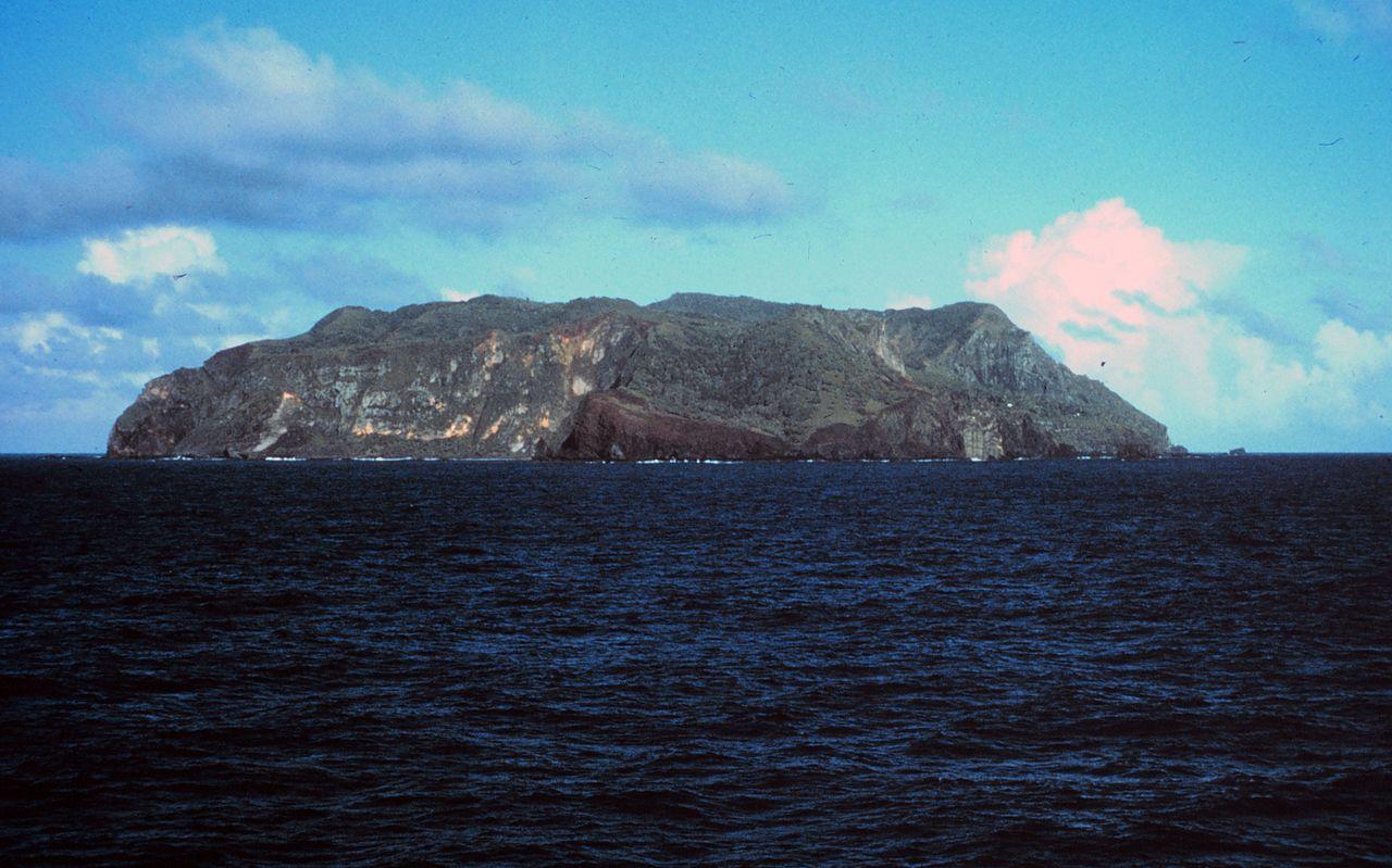 Pitcairn Island New Zealand  Bones Of A Giant