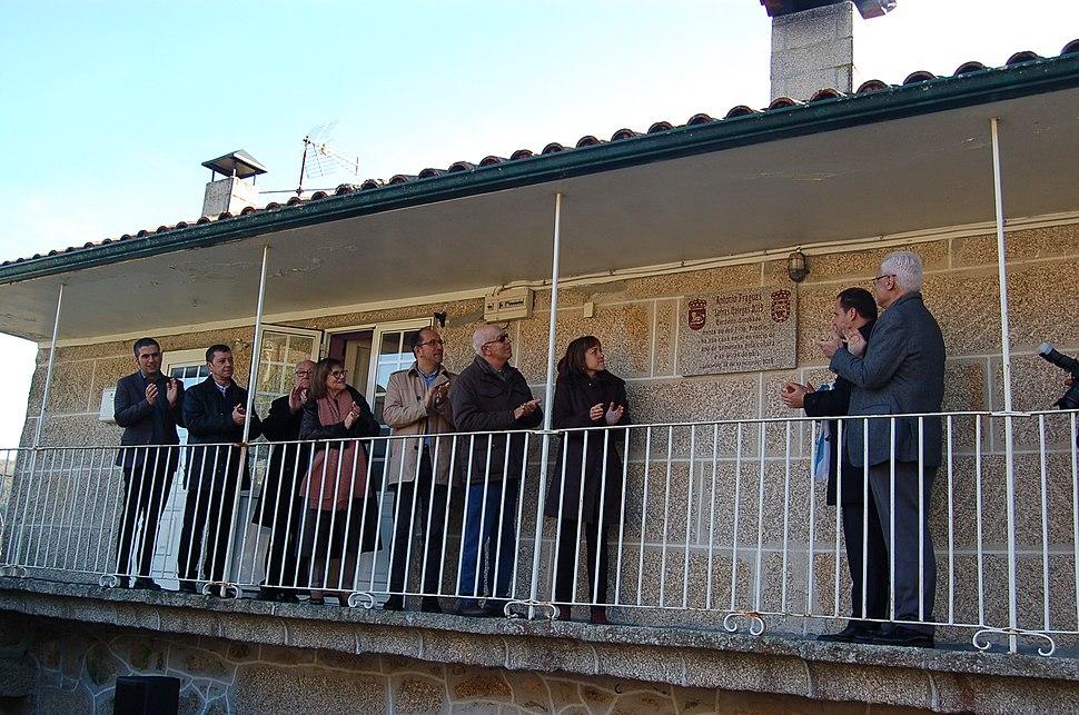 Placa casa natal Antonio Fraguas