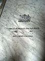 Placa lapidaria de Diego Portales, detrás de altar principal.jpg