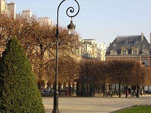 Place des Vosges - Image: Place des Vosges 01