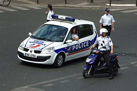 French National Police use several modes of transport, each with its distinct advantages and disadvantages. Police preparant l'arrivee d'une manifestation.JPG