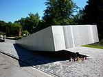 Pomnik Smoleński Powązki 6.JPG