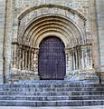 Portada de la Catedral vieja de Plasencia (31612586454).jpg