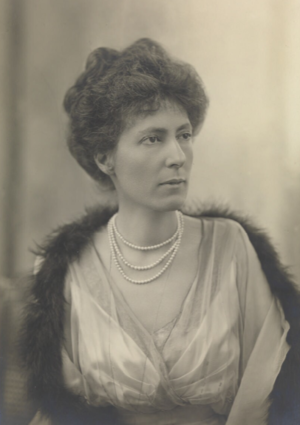 Ronald Munro Ferguson, 1st Viscount Novar - Lady Helen Munro Ferguson during the First World War