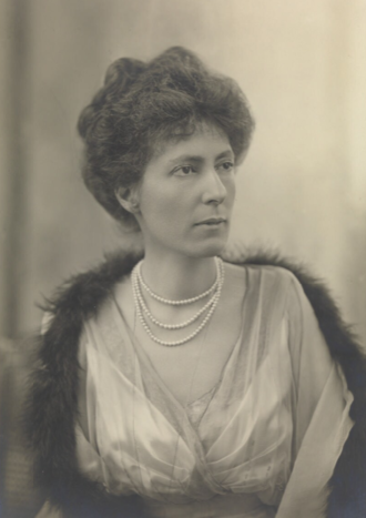 Ronald Munro Ferguson, 1st Viscount Novar - Lady Helen Munro Ferguson during the First World War