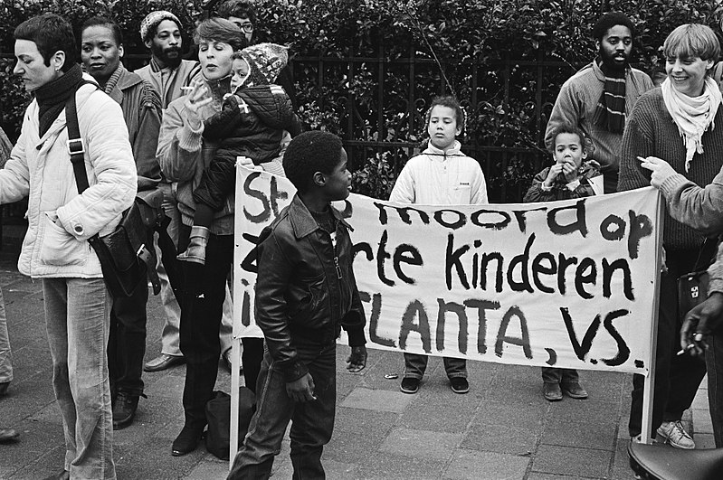 Protest against the child murders at the Dutch embassy, April 1981.