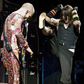 Red Hot Chili Peppers at Voodoo 2006.jpg