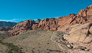 Red Rock Canyon HDR 5.jpg
