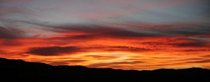 Red sunrise - swifts creek.jpg