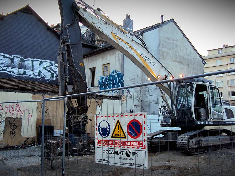 """Fichier:Rennes - La destruction de l'îlot """"Chat qui Pêche"""" - Octobre 2013 - 03.jpg"""