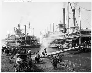English: A Mississippi River landing, Memphis,...
