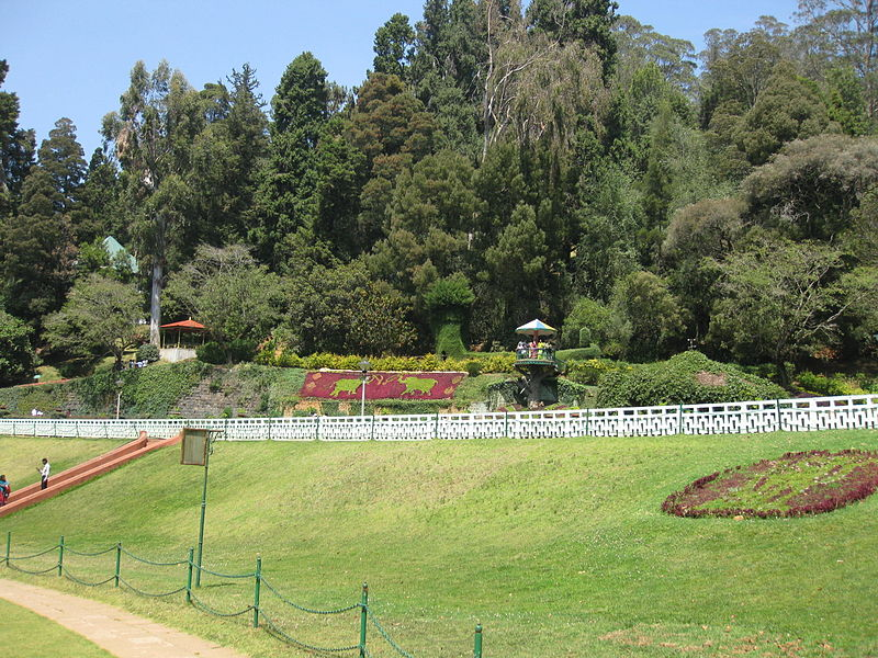 File:Road view to and from OOTY (198).JPG