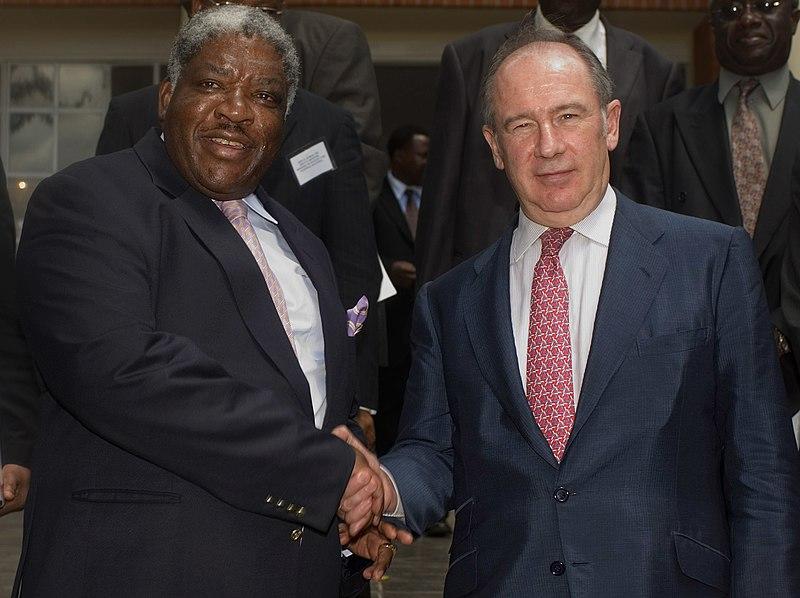 Rodrigo and Mwanawasa.jpg