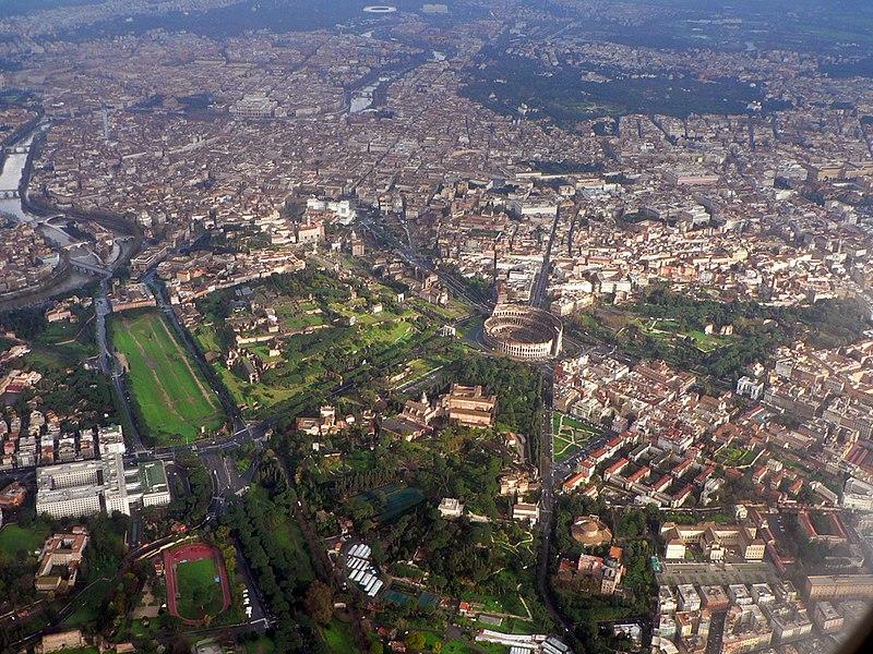 Veduta panoramica aerea del centro di Roma