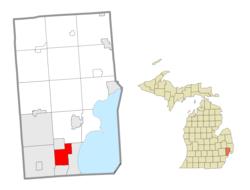 Roseville michigan area code