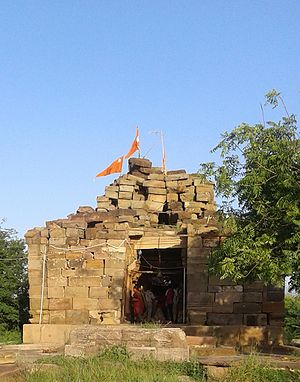 Chavda dynasty - Ruined Shiva temple at Puaranogadh at Manjal, Kutch