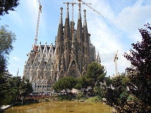 Resultado de imagen para catedral sagrada familia