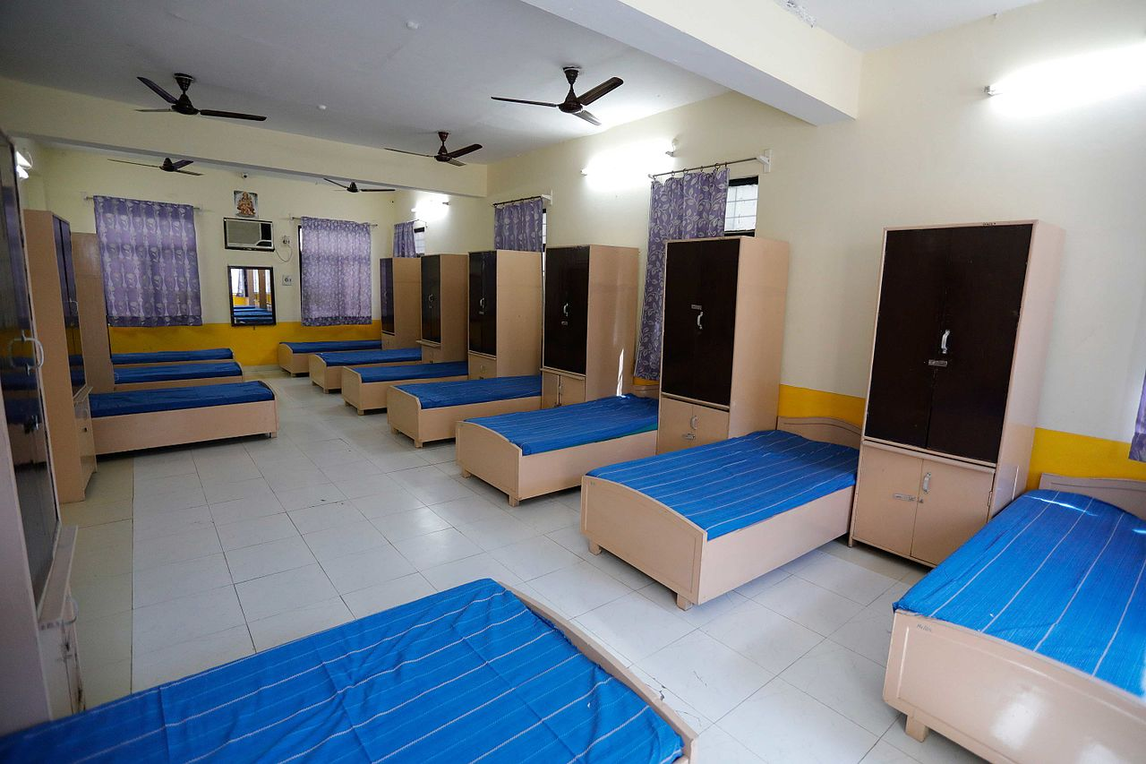 Hostel Room Size Bunk Beds Laws Toronto