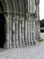 Saintes (17) Abbatiale Sainte-Marie-aux-Dames Façade occidentale 07.JPG