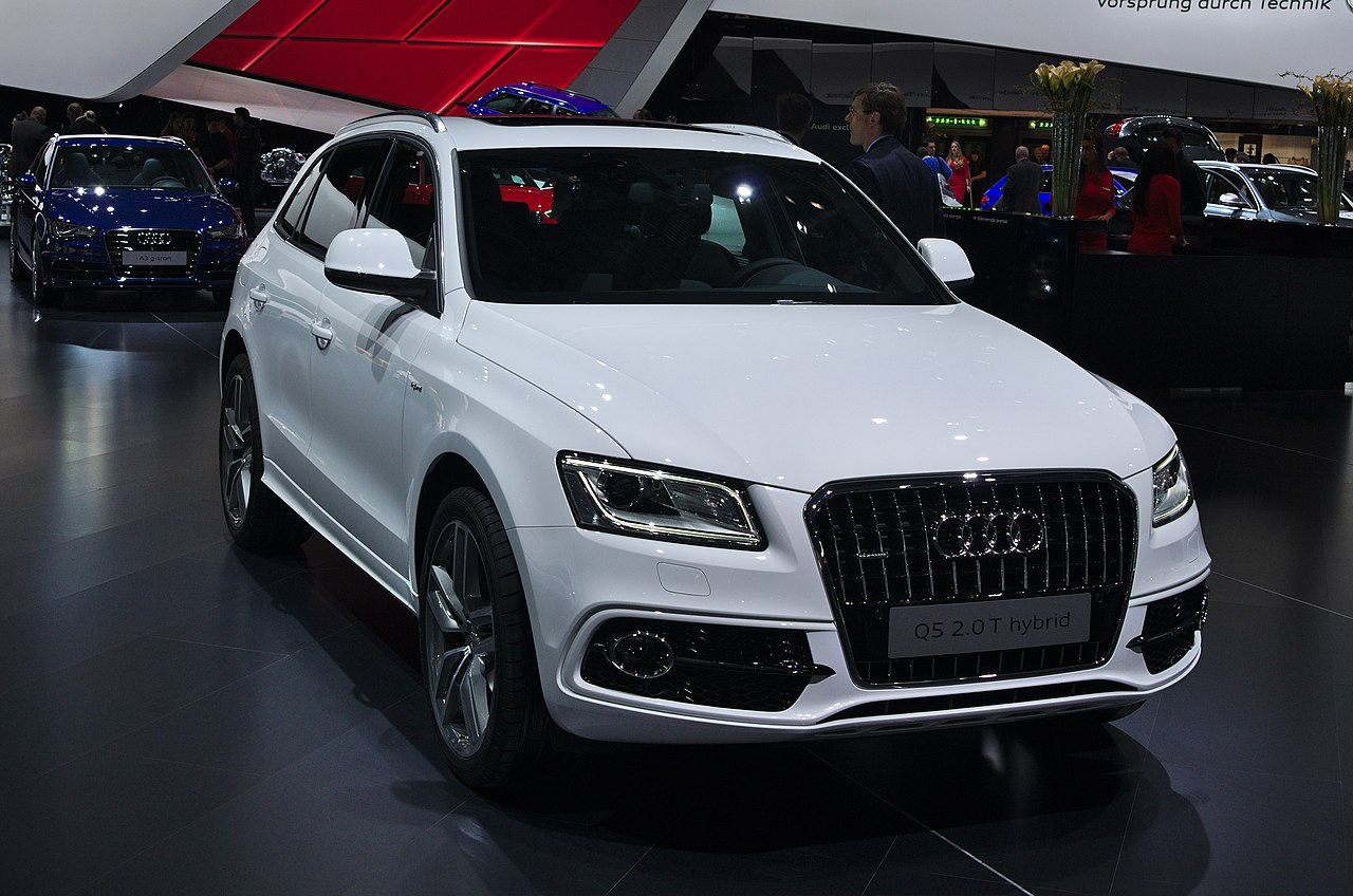 file salon de l 39 auto de gen ve 2014 20140305 audi q5 2 5 t hybrid wikimedia commons. Black Bedroom Furniture Sets. Home Design Ideas