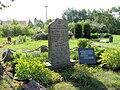 Sarmstorf Kirchhof Kriegerdenkmal 2009-08-20 026.jpg