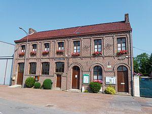 Sars-et-Rosières - Image: Sars et Rosières (Nord, Fr) mairie salle des fêtes