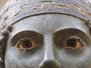 Charioteer of Delphi - Image: Sculpture Eyelashes