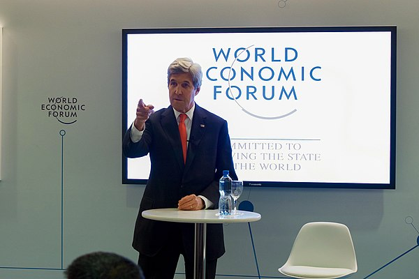 Secretary Kerry Addresses Young Business People at the World Economic Forum in Davos (31530415784).jpg
