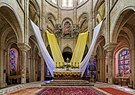 Senlis Cathedral Sanctuary, Picardy, France - Diliff.jpg