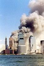Lower Manhattan dopo il collasso della Torre sud.