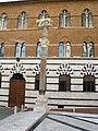 Siena, piazza del duomo, lupa di giovanni pisano (copia).JPG