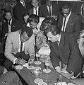 Sight Seeing , Harry Belafonte , opdracht De Telegraaf, Bestanddeelnr 916-4072.jpg