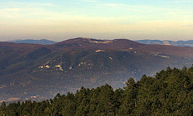 Вид на горы сен пьер и вержер с юга от