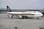 Singapore Airlines Boeing 747-412 9V-SPD (26693468754).jpg