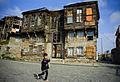 Slum dwelling Istanbul Turkey November 2008.jpg