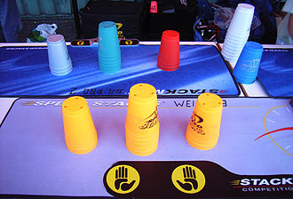 Sport stacking - Sport stacking cups
